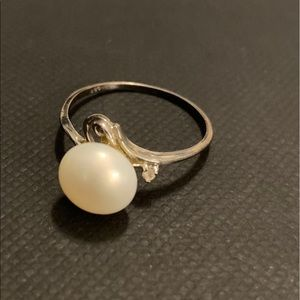 Jewelry - Real pearl ring